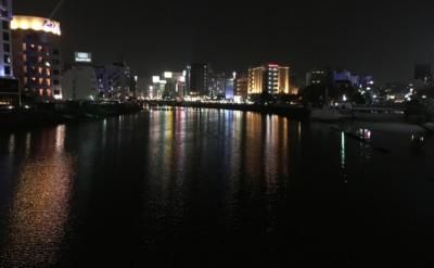 福岡市内を歩く